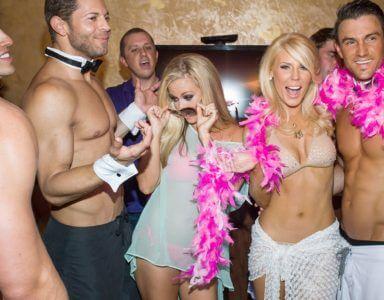 strip-o-gram-male dancers-strippers-Stripping-Exotic Dancer-Male Stripper-Ottawa-Gatineau-Bachelorette-Party-Danseur nu homme-Danseur Exotic-Striptease-Stripper-erotic-birthday-special events-stripping-strip club-male strip club