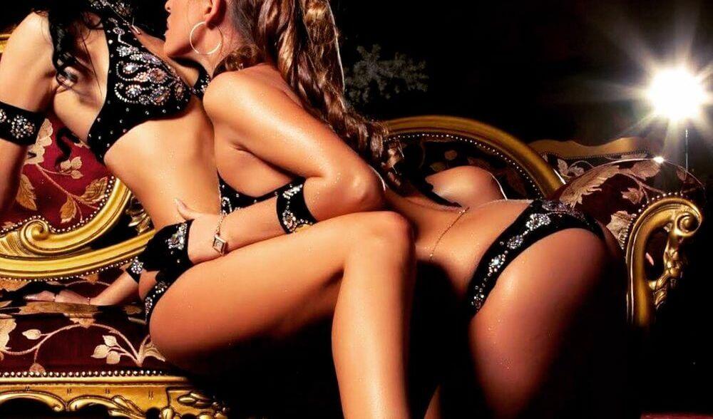 Toronto female strip club
